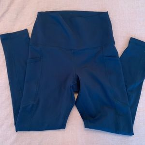 NWOT yogalicious leggings